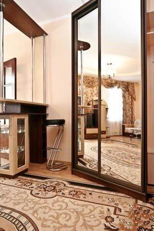 Санаторий Хорол Миргород Фото - Номер 2-х комнатный Люкс - Шкаф.