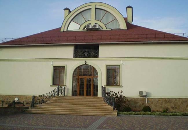 Санаторий имени Гоголя Фото - Апартаменты в коттедже - Корпус.