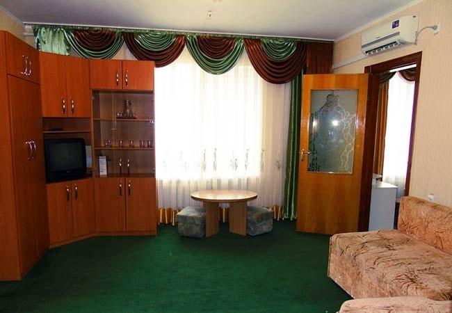 Санаторий Хмельник Профсоюзный Фото - Люкс с кухней 2-комнатный 2-местный - Комплектация.