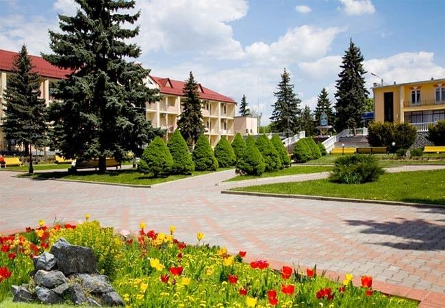 Санаторий Железнодорожников курорт Хмельник