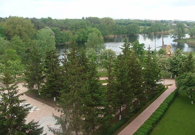 Санаторий МВД Миргород Фото - Вид с окна.