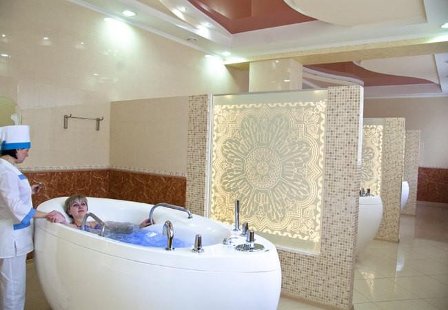 "Санаторий ""Миргород"" Фото - лечебная ванна."