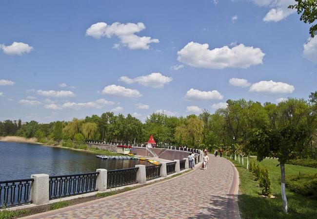Санаторій Полтава Миргород Фото - Озеро.
