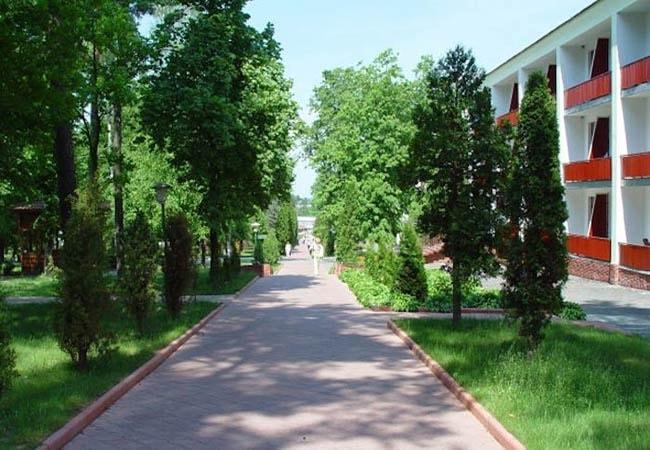 Санаторий Хмельник Профсоюзный Фото - Парковая Зона.