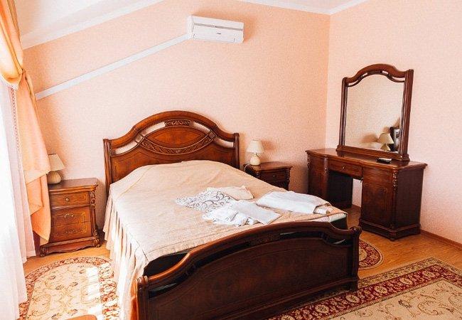 Санаторий радон Хмельник Фото - Номер Стандарт+ Спальня
