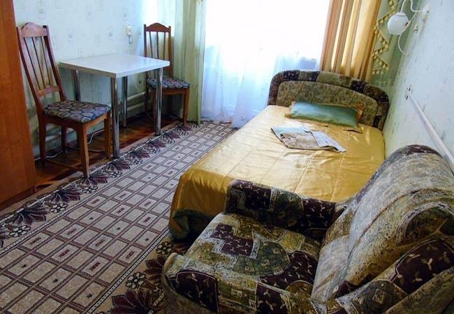 Санаторий Хмельник Профсоюзный Фото - Номер Улучшенный 1-комнатный 1-местный (корпус №4) - Кровать.