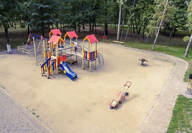 """""""Березовый Гай"""" Миргород - детская площадка."""