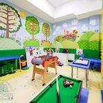 Отель Три Сына и Дочка 5* Фото - Детская комната.