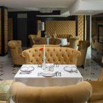 Отель Три Сына и Дочка 5* Фото - В ресторане.