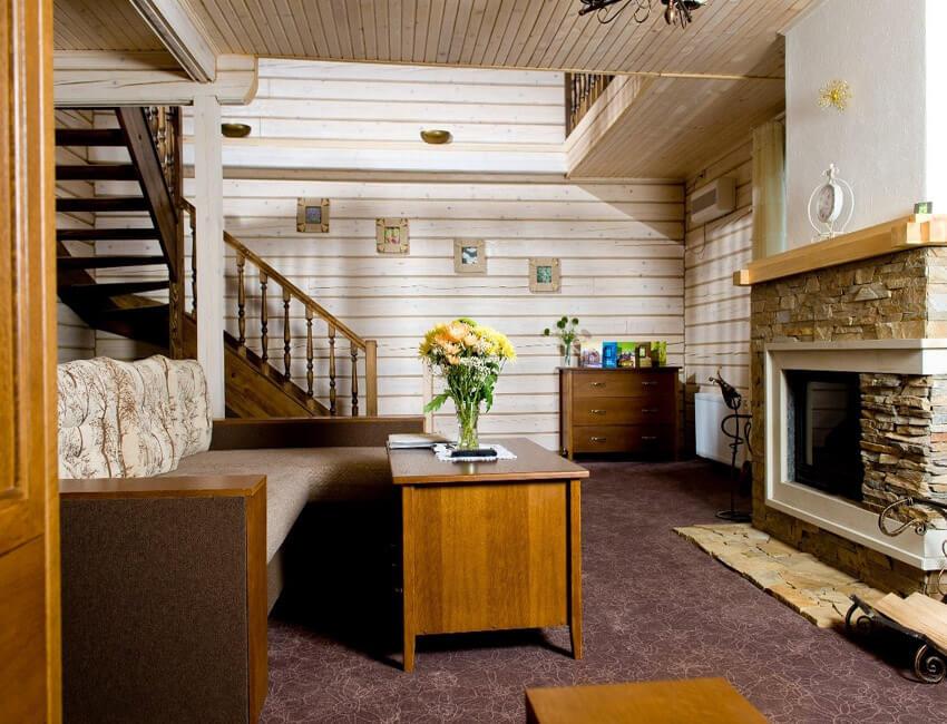 Таор Карпаты Сходница Фото - Номер большой семейный дом - в гостиной.