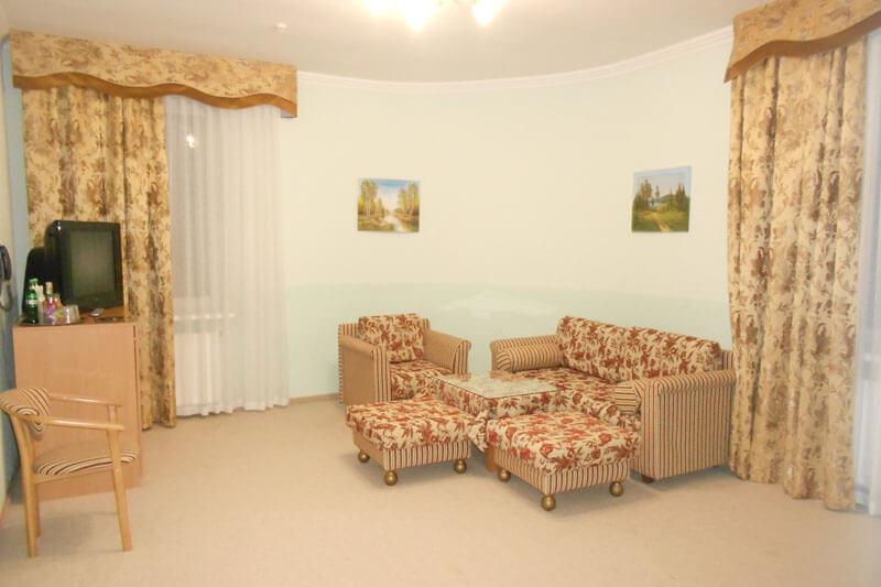 Санта Мария Сходница Фото - Номер люкс двухкомнатный - Гостиная.