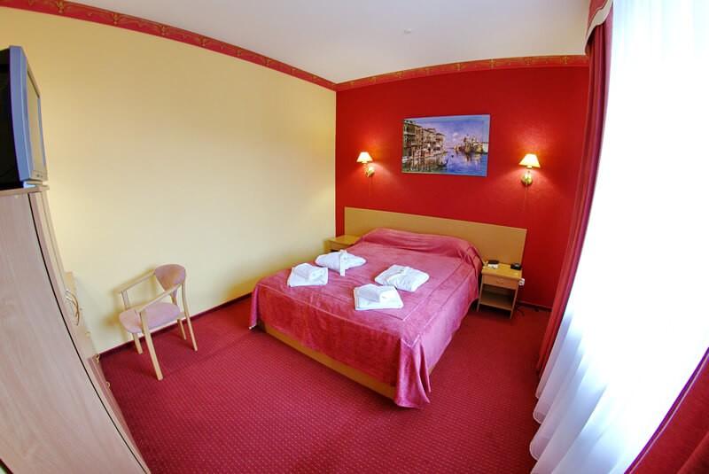 Санта Мария Сходница Фото - Номер люкс двухкомнатный - Комната.