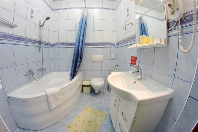 Санта Мария Сходница Фото - Номер люкс двухкомнатный - Ванная комната.