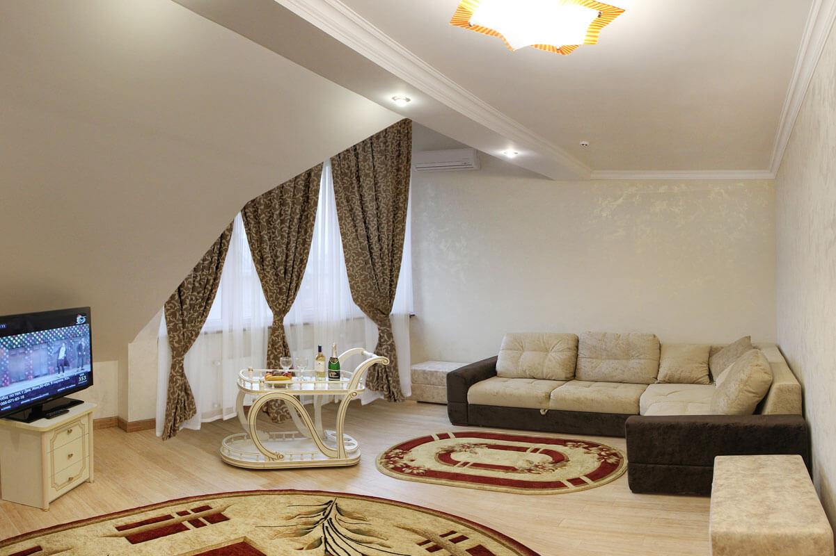 Отель Дианна Сходница Фото - Номер люкс двухуровневый - Гостиная.