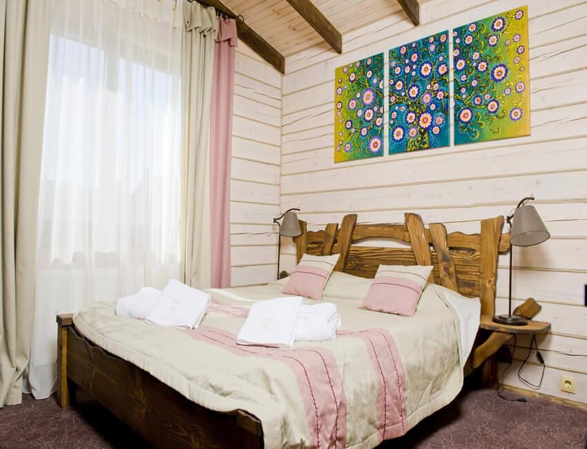 Таор Карпаты Сходница Фото - Номер маленький семейный дом - Кровать.