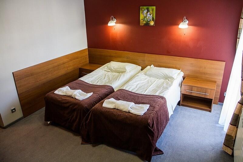 Санта Мария Сходница Фото - Номер Полулюкс двухместный - Две кровати.
