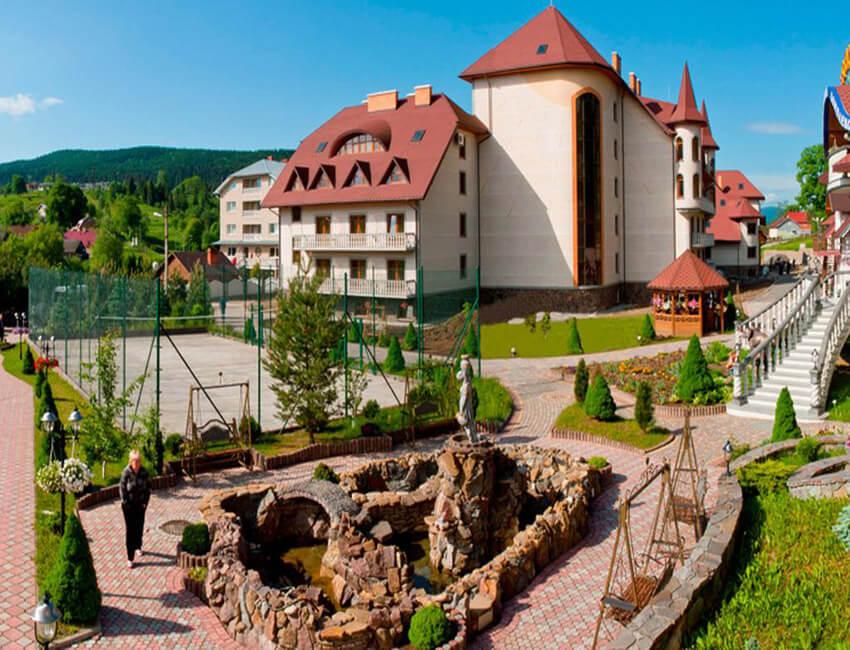 Отель Дианна Сходница Фото