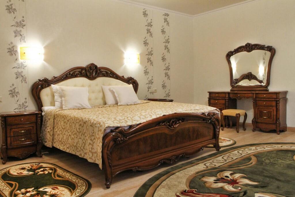 Отель Дианна Сходница Фото - Номер полулюкс junior - Кровать.