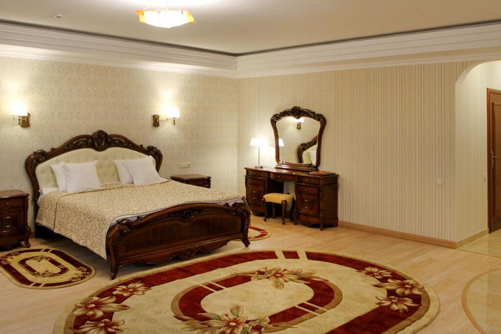 Отель Дианна Сходница Фото - Номер полулюкс супериор - Спальня.