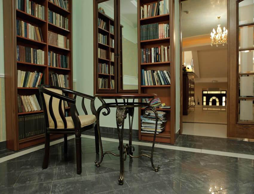Санта Мария Сходница - Библиотека.