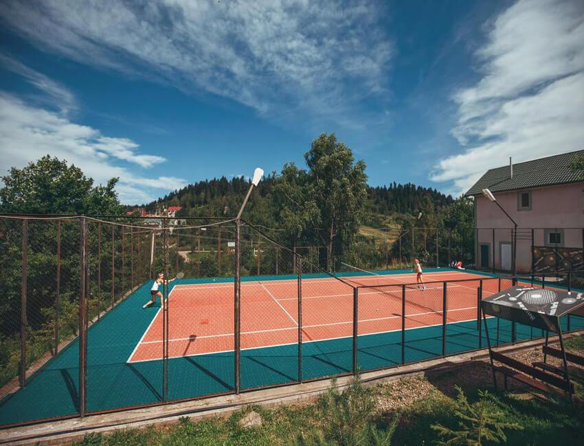 Санта Мария Сходница - Теннисный корт.