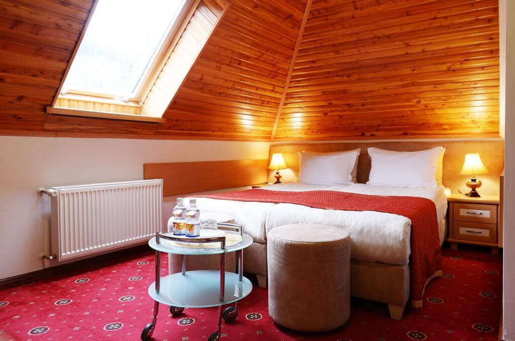 Отель Дианна Сходница Фото - Номер стандарт однокомнатный - Кровать.