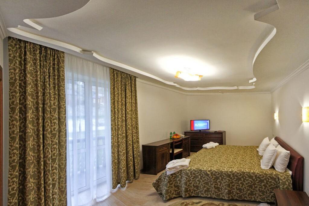 Отель Дианна Сходница Фото - Номер стандарт superiour - Кровать.