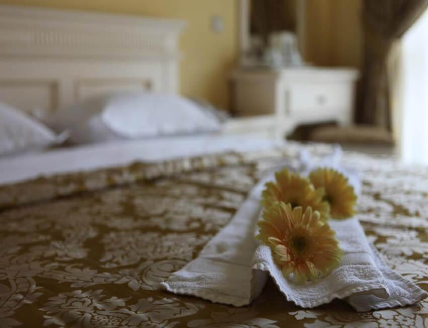 Отель Респект Сходница Фото - Номер стандарт улучшенный - Кровать.