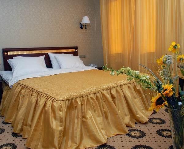 Женева Promenade Номер - DE LUXE - Кровать.