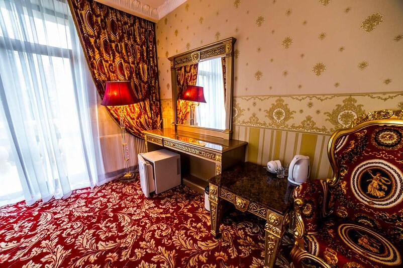 Женева Royal Grand Номер - DE LUXE TEMATIK - Зеркало.