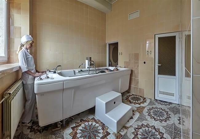 Днепр-Бескид Трускавец Фото - Лечебная ванна.