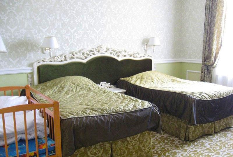 Женева Royal Grand Номер - Double Deluxe - Кровати.