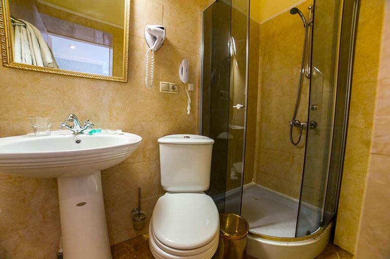 Женева Royal Sun Номер - DOUBLE/TWIN - Туалет.