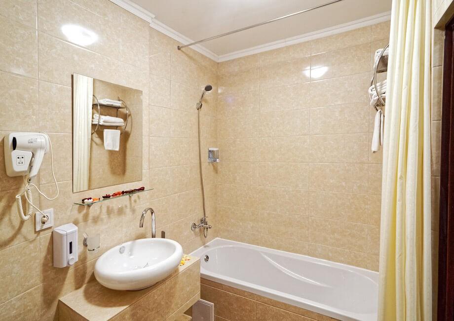 Лесная Песня Трускавец Фото - Номер двухкомнатный апартамент - душ.
