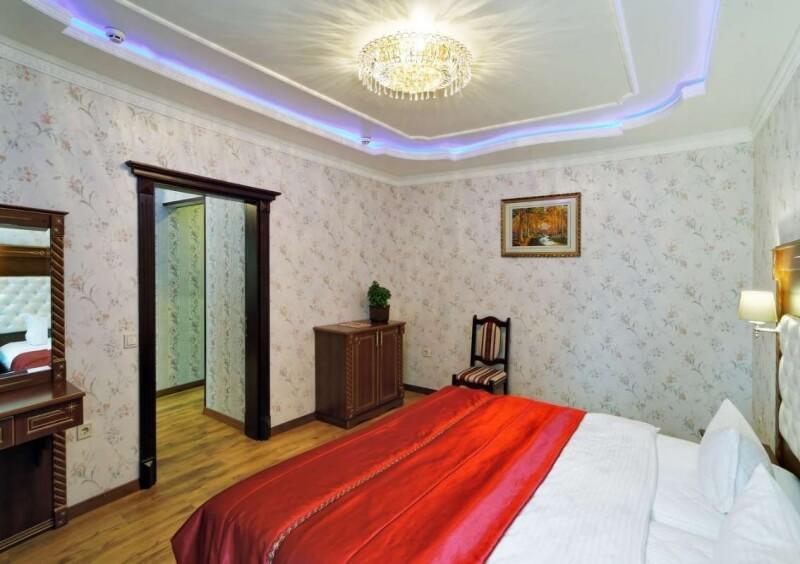 Санаторий Виктор в Трускавце Номер - двухкомнатный полулюкс - Спальня.