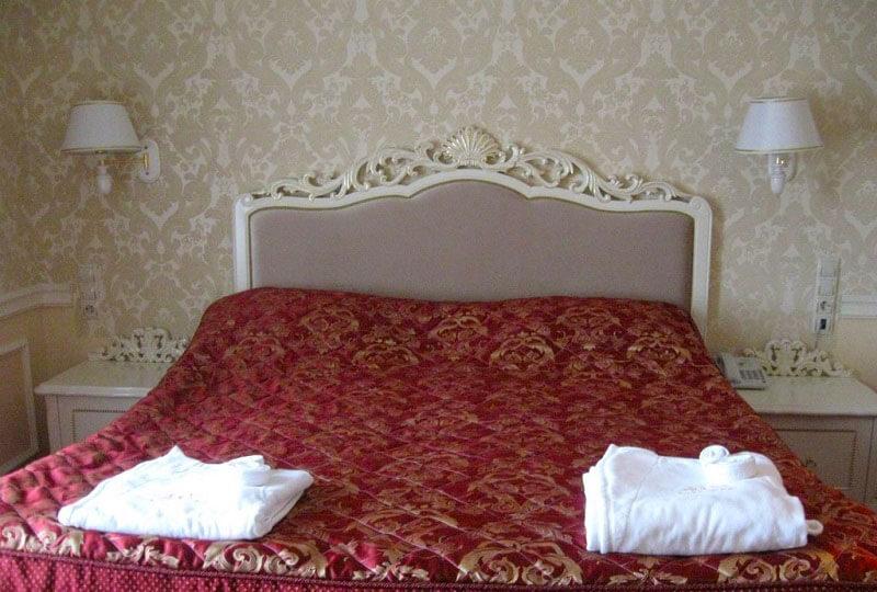 Женева Royal Grand Номер - Double - Кровать.