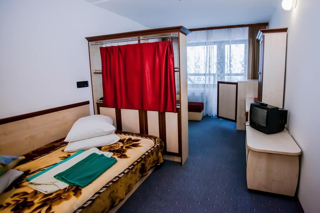 Отель Бескид Номер - Двухместный Полулюкс - Комната.
