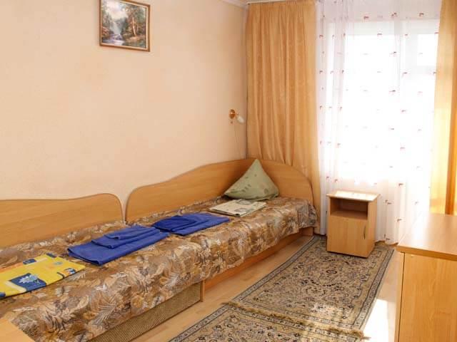 Санаторий Молдова Трускавец - Номер двухместный стандарт - Кровати.