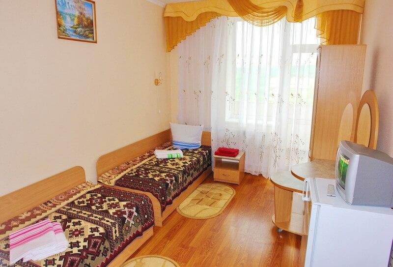 Санаторий Молдова Трускавец - Номер двухместный улучшенный - Кровати.
