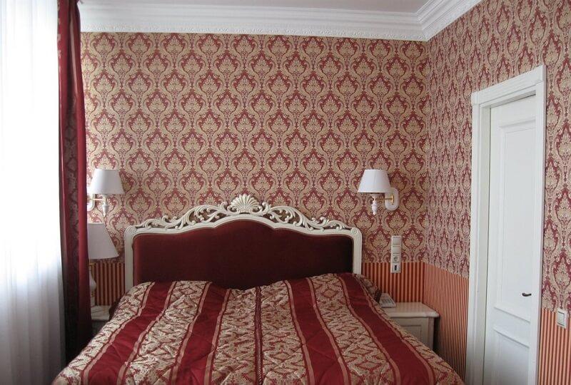 Женева Royal Sun Номер - JUNIOR SUITE - Кровать.