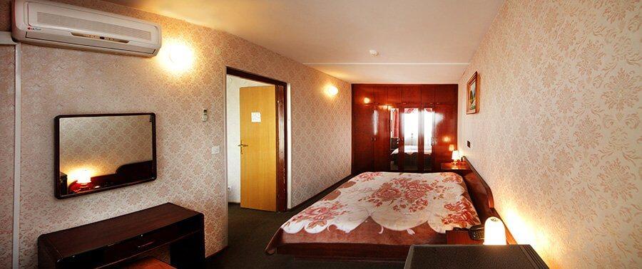 Отель Бескид Номер - Двухкомнатный Люкс - Комната.