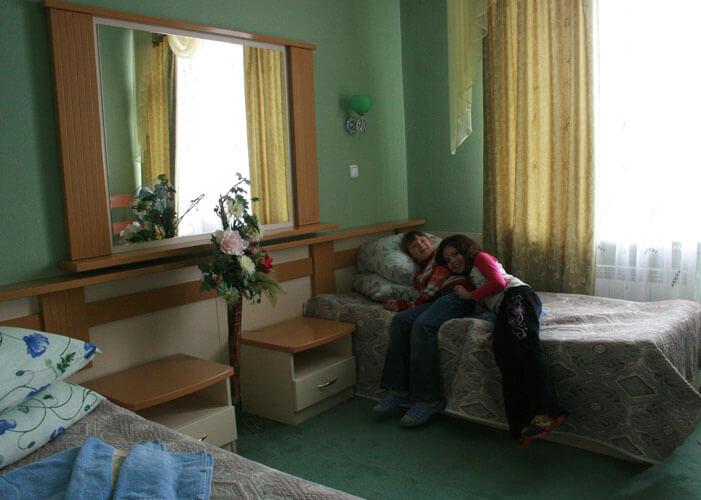 Санаторий Шахтер Трускавец Номер - трехкомнатный люкс - Комната.