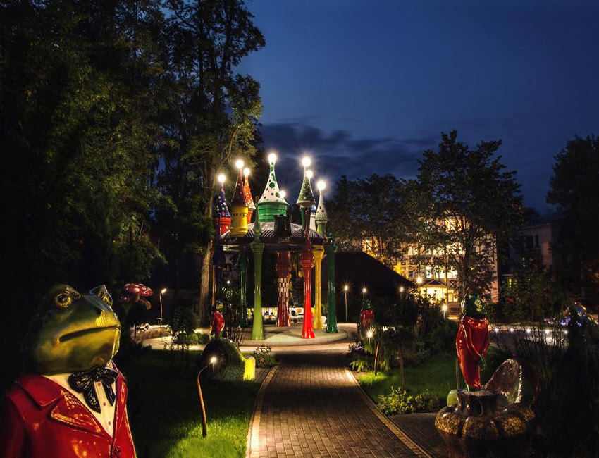 Отель Миротель Трускавец Фото - площадка для детей.