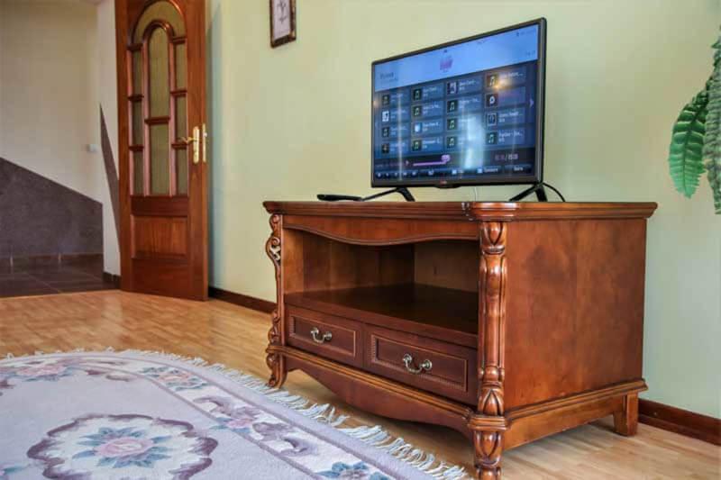 Жемчужина Прикарпатья Трускавец Номер - апартаменты - телевизор.