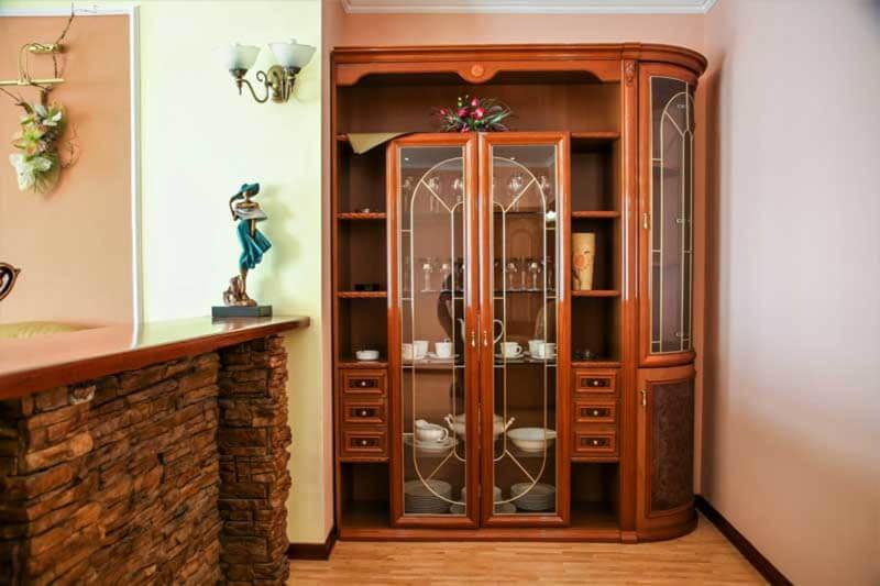 Жемчужина Прикарпатья Трускавец Номер - апартаменты - Мебель.