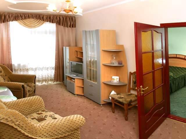 Санаторий Молдова Трускавец - Номер двухместный люкс - Комната.