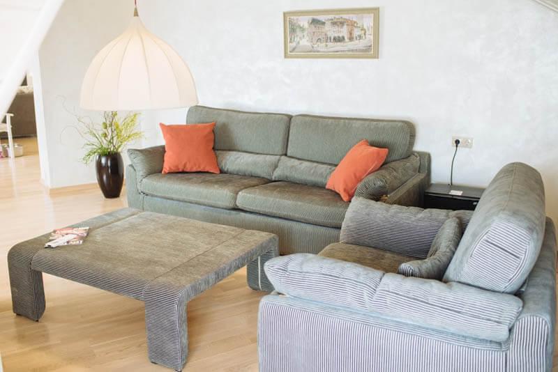 Санаторий Свитязь Трускавец Фото - Номер grand suite - диван.