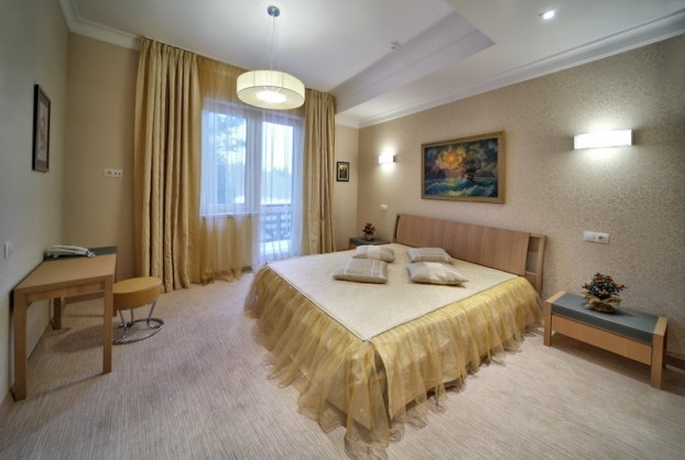 Шале Грааль Трускавец Номер - Junior Suite Apart - Комната.