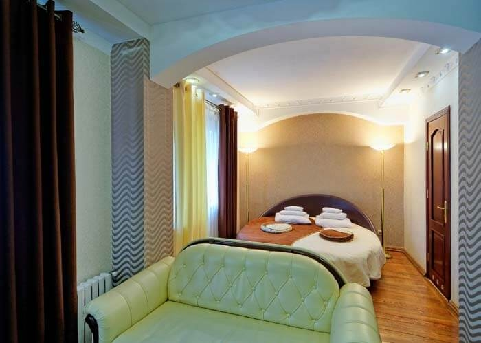 Санаторий Виктор в Трускавце Номер - люкс 2с - Спальня.