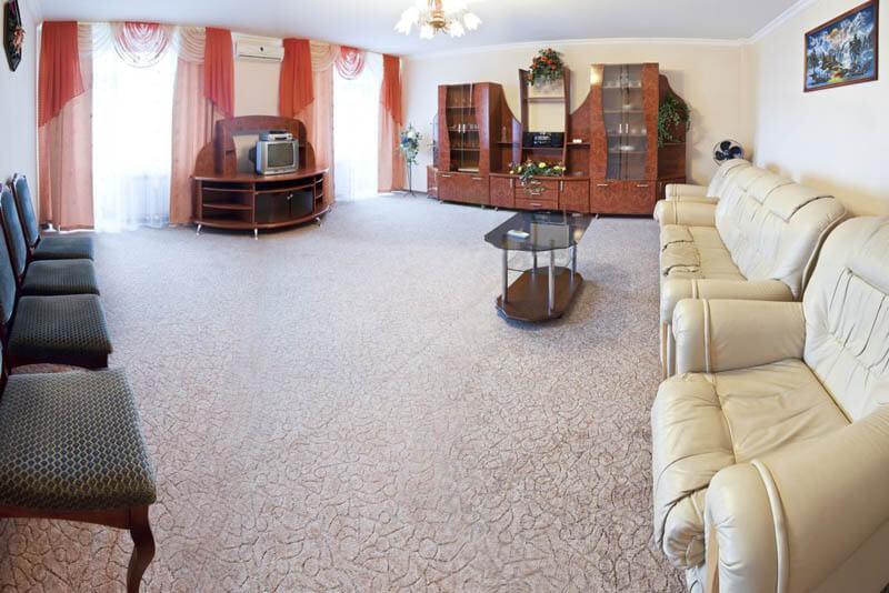 Санаторий Молдова Трускавец - Номер люкс 620 - Комната.